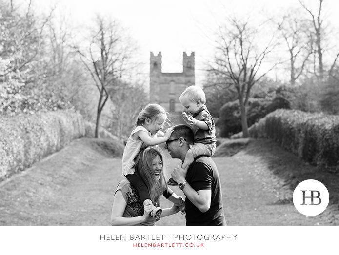 blogImageweybridge-childrens-family-photography-surrey-kt13-23