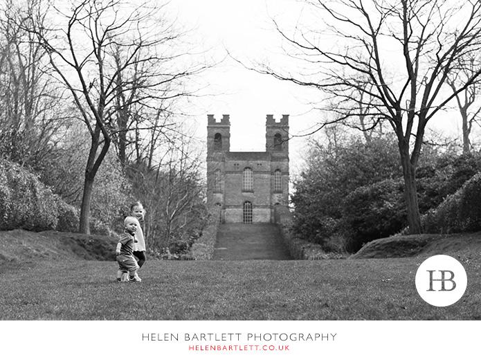 blogImageweybridge-childrens-family-photography-surrey-kt13-24