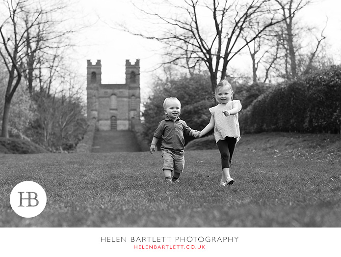 blogImageweybridge-childrens-family-photography-surrey-kt13-25