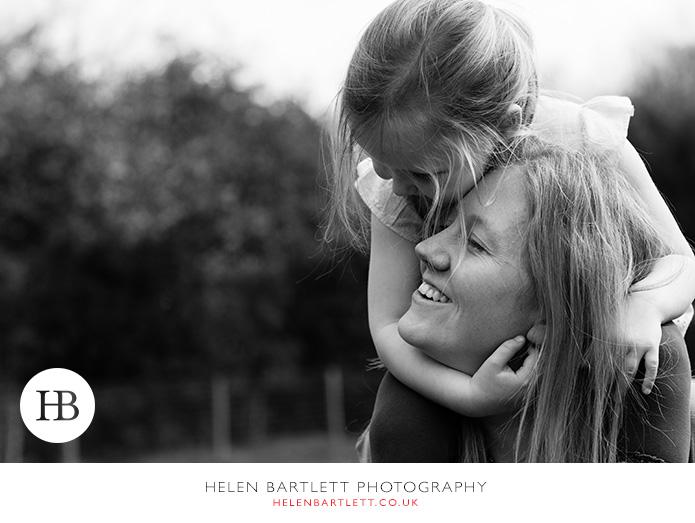 blogImageweybridge-childrens-family-photography-surrey-kt13-27