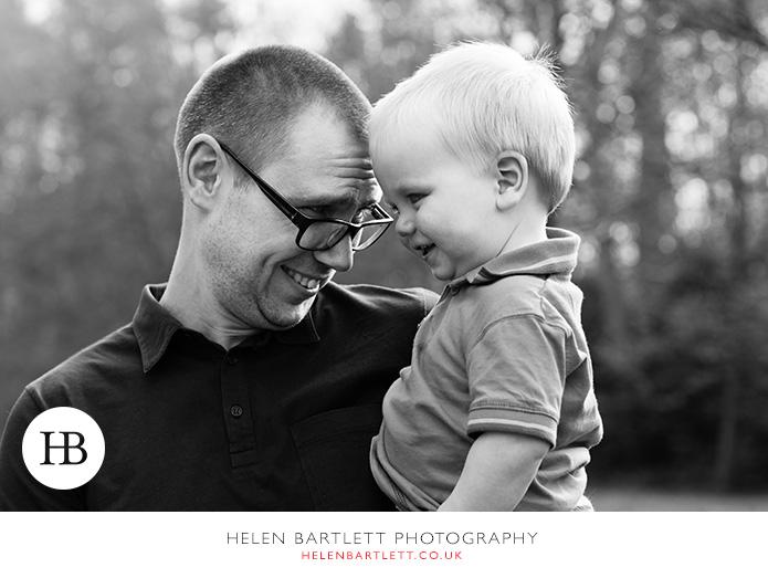 blogImageweybridge-family-photographer-surrey-kt13-10