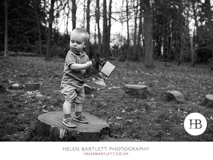 blogImageweybridge-family-photographer-surrey-kt13-14