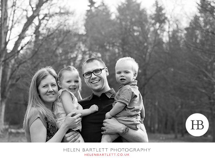 blogImageweybridge-family-photographer-surrey-kt13-9