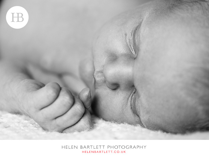 blogImagebarbican-newborn-baby-family-photographer-london-30