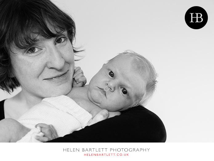 blogImagenewborn-baby-family-photography-barbican-farringdon-12