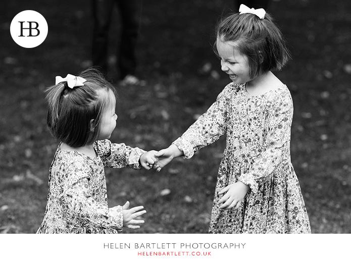 blogImagenotting-hill-ladbrooke-square-family-photographer-12