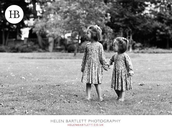 blogImagenotting-hill-ladbrooke-square-family-photographer-13