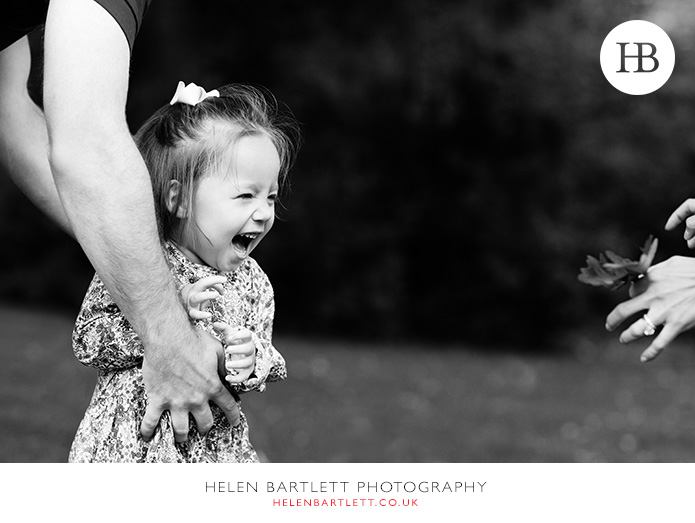 blogImagenotting-hill-ladbrooke-square-family-photographer-15