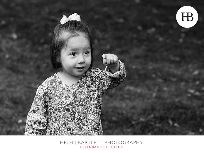 blogImagenotting-hill-ladbrooke-square-family-photographer-16