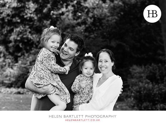 blogImagenotting-hill-ladbrooke-square-family-photographer-19