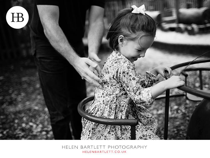 blogImagenotting-hill-ladbrooke-square-family-photographer-6