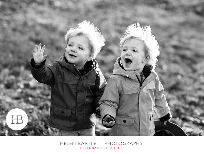 blogImagetwins-photographer-family-oxford-15