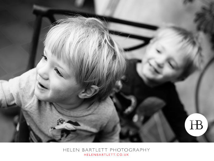 blogImagetwins-photographer-family-oxford-4