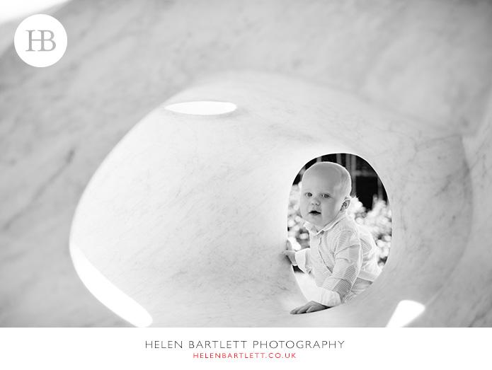 blogImageholland-park-baby-photographer-w11-1