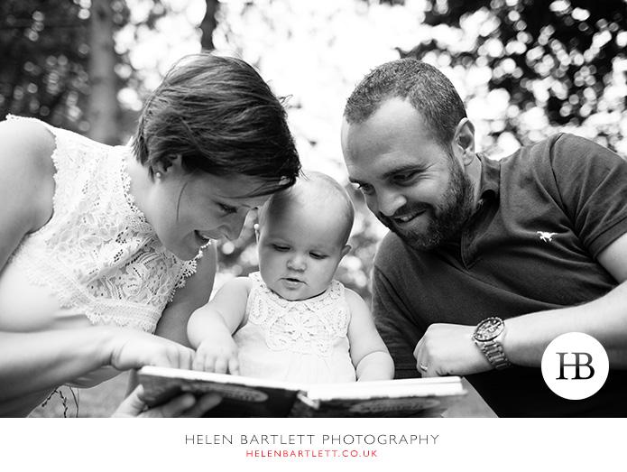 blogImagebaby-family-photographer-twickenham-bushy-park-22