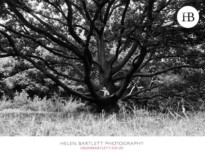 blogImageenvironmental-portrait-tree-hampstead-children-26