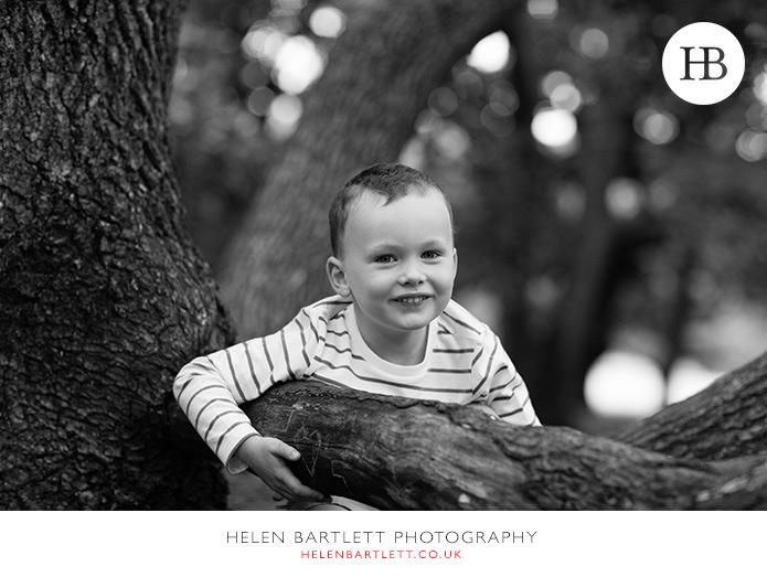 blogImageenvironmental-portrait-tree-hampstead-children-27