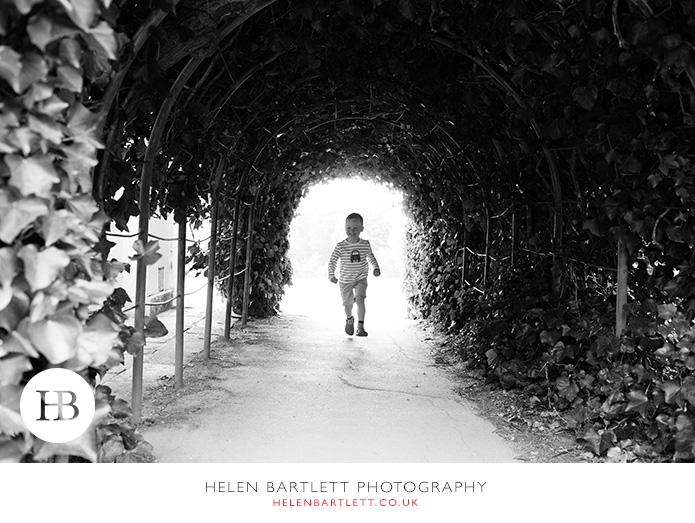 blogImagefamily-photography-hampstead-heath-kenwood-house-2