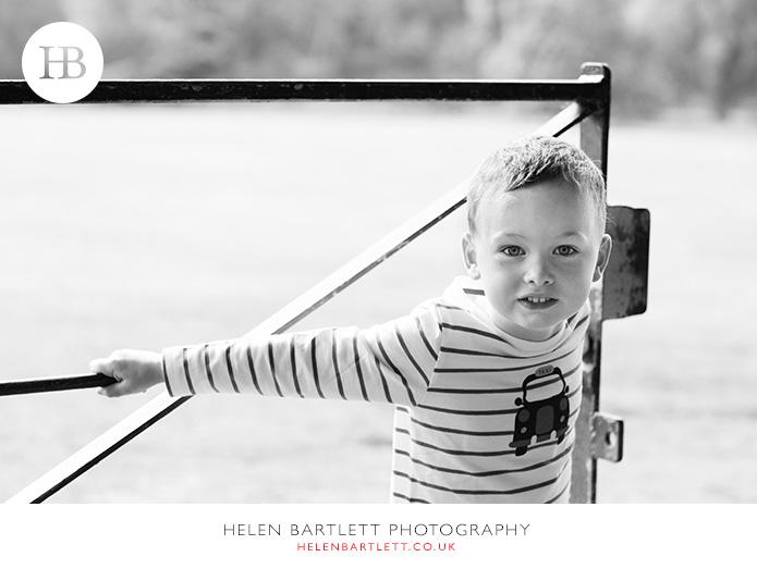 blogImagefamily-photography-hampstead-heath-kenwood-house-4