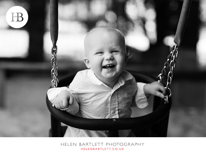 blogImagebaby-photography-in-holland-park-w11-13