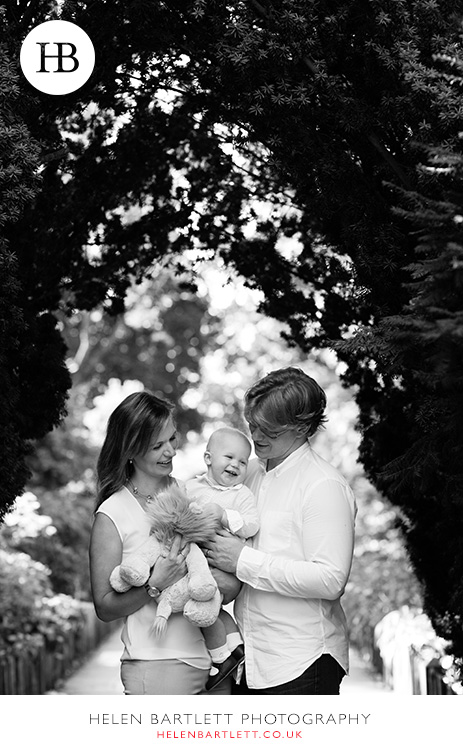 blogImagebaby-photography-in-holland-park-w11-7