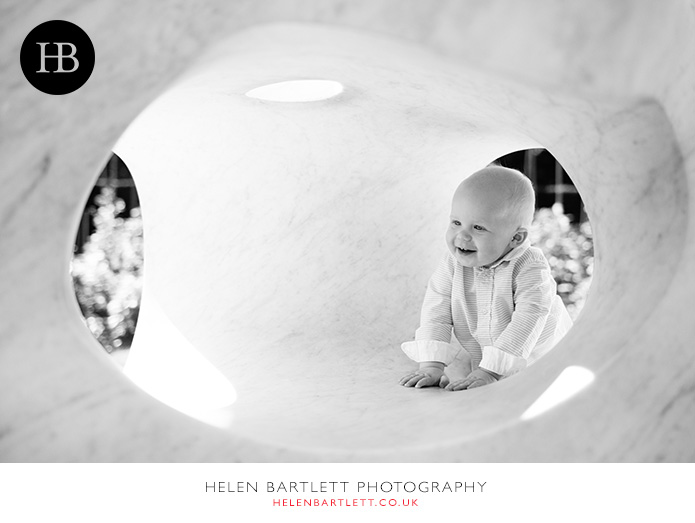 blogImagebaby-photography-in-holland-park-w11-9