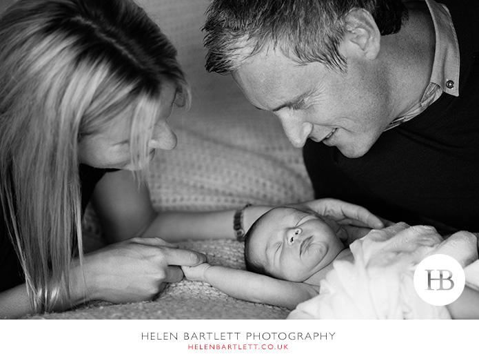 blogImagefamily-toddler-and-newborn-photographer-surrey-25