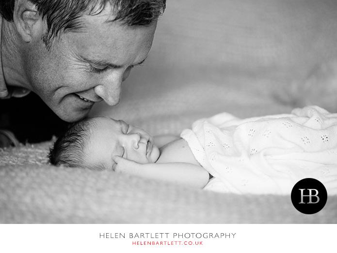 blogImagefamily-toddler-and-newborn-photographer-surrey-28