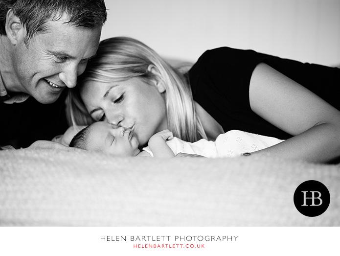 blogImagefamily-toddler-and-newborn-photographer-surrey-30