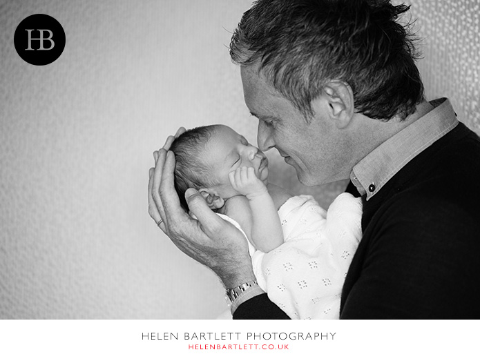 blogImagefamily-toddler-and-newborn-photographer-surrey-31