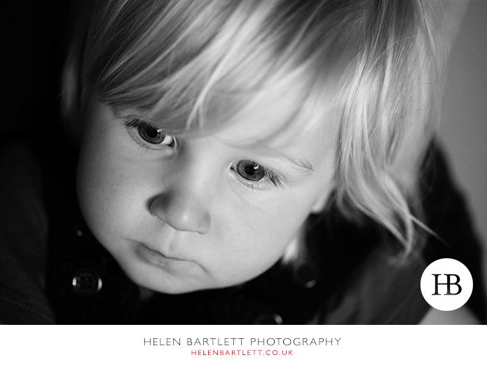 blogImagefamily-toddler-and-newborn-photographer-surrey-37