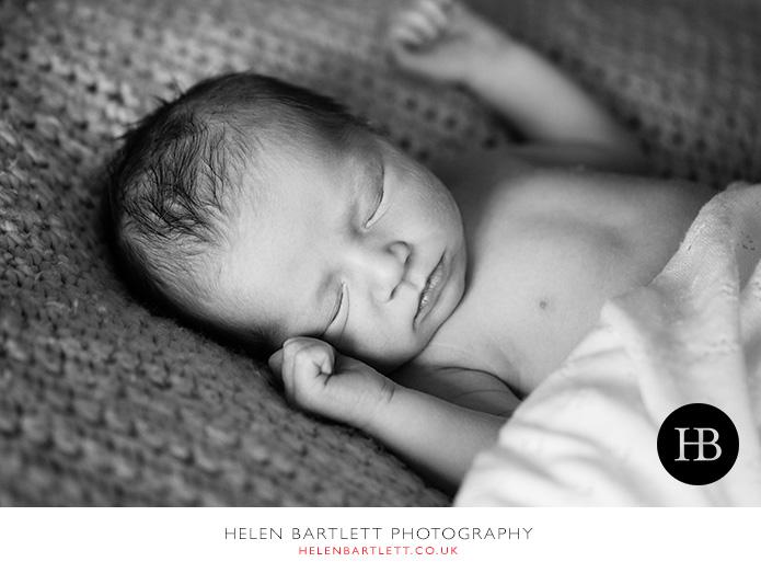 blogImagenewborn-baby-and-family-photography-surrey-19