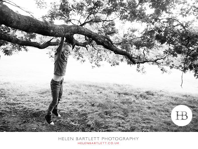 blogImagefamily-photography-on-hampstead-heath-london-13