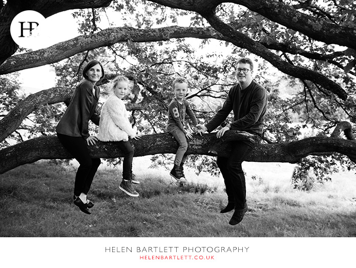 blogImagefamily-photography-on-hampstead-heath-london-14