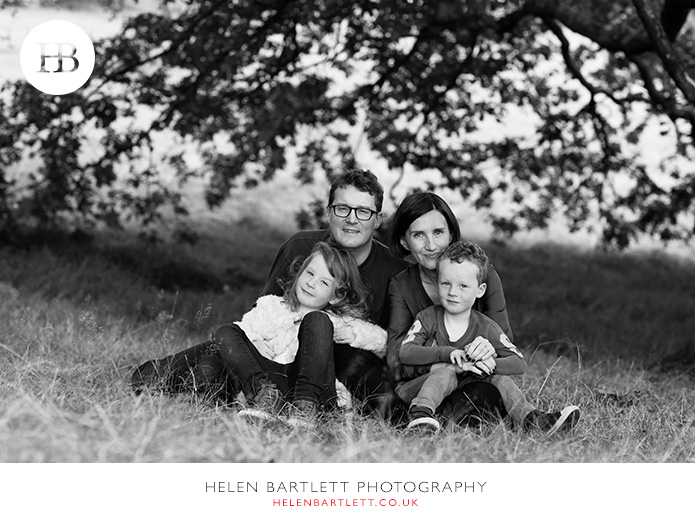 blogImagefamily-photography-on-hampstead-heath-london-16
