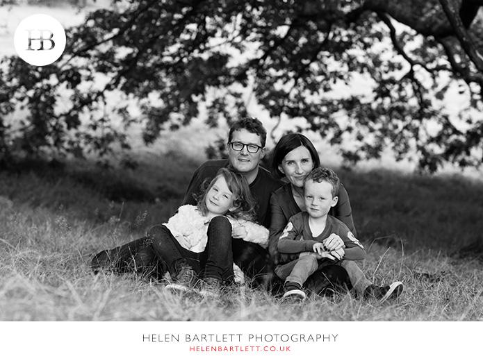blogImagefamily-photography-on-hampstead-heath-london-16
