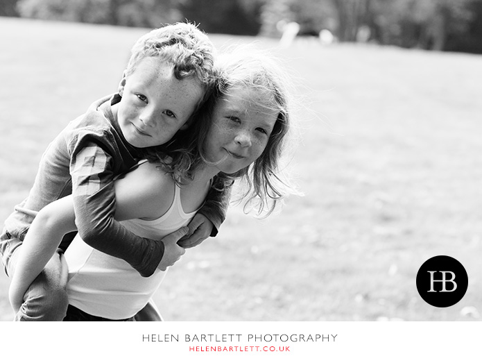 blogImagefamily-photography-on-hampstead-heath-london-20