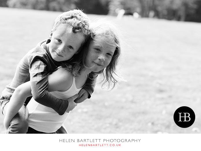 blogImagefamily-photography-on-hampstead-heath-london-20