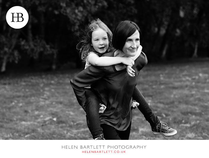 blogImagefamily-photography-on-hampstead-heath-london-22