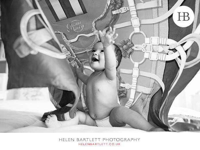 blogImagebaby-photography-in-holland-park-w11-1