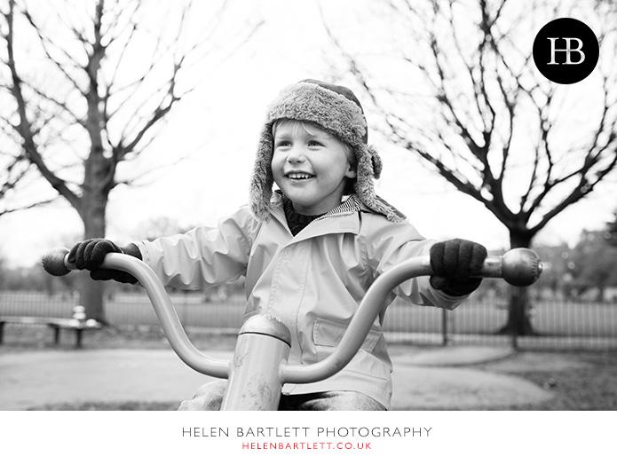 blogImagebalham-family-photograpy-boy-playground-1
