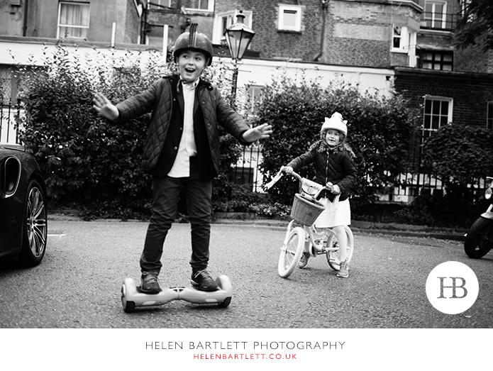 blogImagefun-natural-photographs-children-family-kensington-33