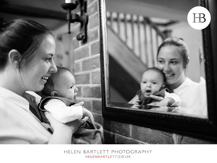 blogImagesevenoaks-baby-family-photographer-23