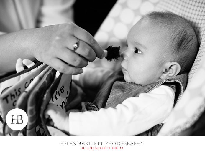 blogImagesevenoaks-baby-family-photographer-24