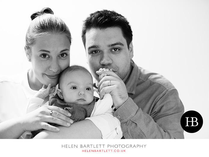 blogImagesevenoaks-baby-family-photographer-28