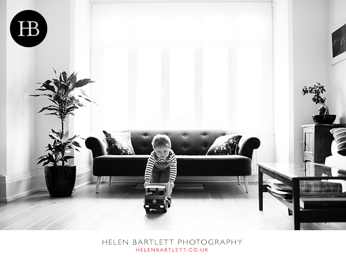 blogImagecrouch-end-n8-family-photographer-1