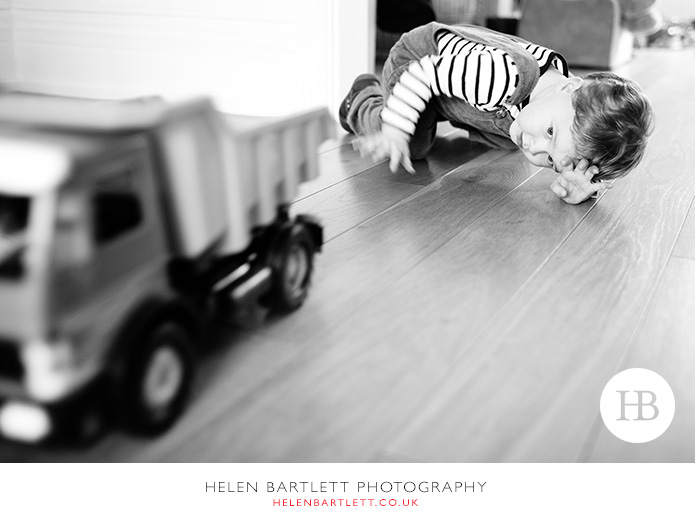 blogImagecrouch-end-n8-family-photographer-2