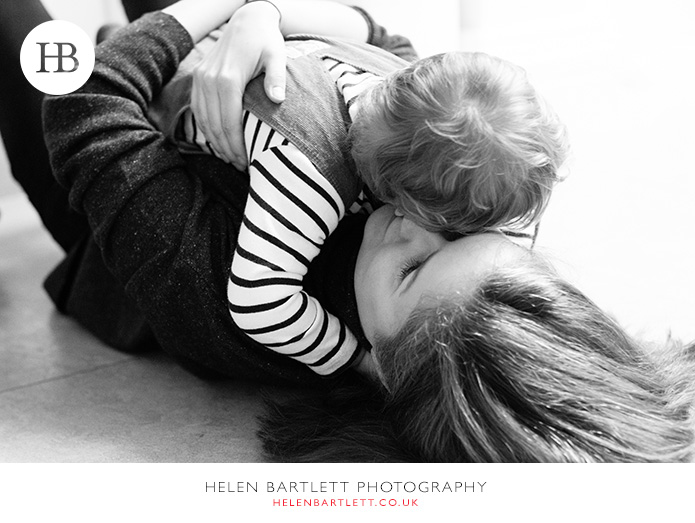 blogImagecrouch-end-n8-family-photographer-5