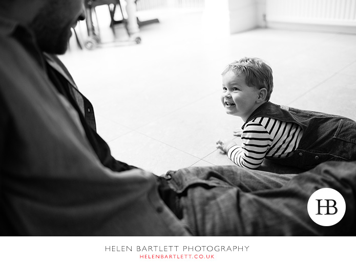 blogImagecrouch-end-n8-family-photographer-7