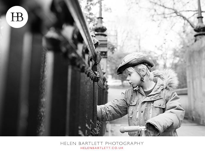 blogImagefamily-photography-primrose-hill-regents-park-london-24